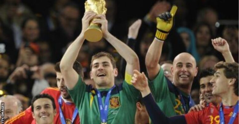 Goalkeeper Casillas Retires